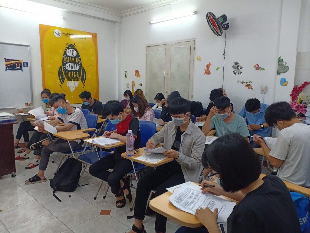 Buổi thi thử TOEIC ngày 9-8-2020