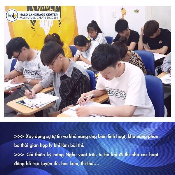 Hình lớp học khóa học TOEIC 750+